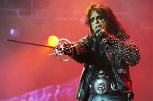 alice-cooper-bloodstock-2012-billboard-650